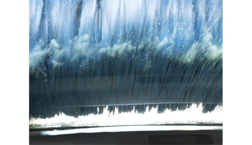 イシダ マイ写真展「 In a Car Washing Machine 」